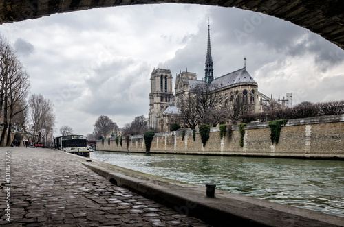 Fotografia  Paris scenic view on Notre-Dame and Ile de la cite