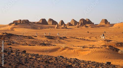 Türaufkleber Afrika Die Pyramiden von Meroe im Sudan