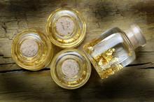 Aurum Gold Oro 금 Au זהב Goud ወርቅ ذهب Zlato Guld Or Arany Złoto Золото Ari Zlato