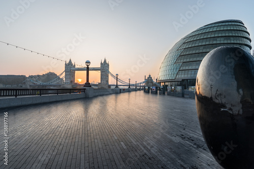 Canvas Print London Tower Bridge in early morning viewed from Morgan's Lane in London,England