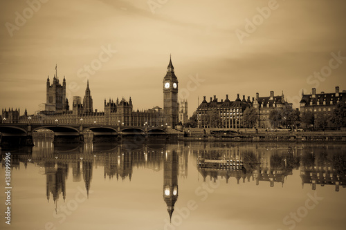 Poster London Vintage picture of London Big Ben and House of Parliament viewed at sunrise in London. England