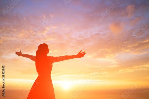 Valokuvatapetti woman pray pious