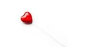 Czerwone Serduszko Na Białym ...