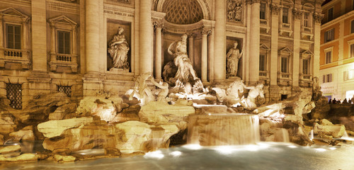 Obraz na PlexiTrevi Fountain, Night, Rome, Italy