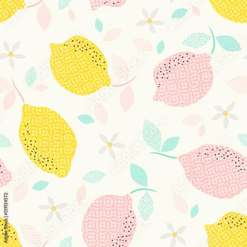 wzor-z-owocow-cytrusowych-i-kwitnie