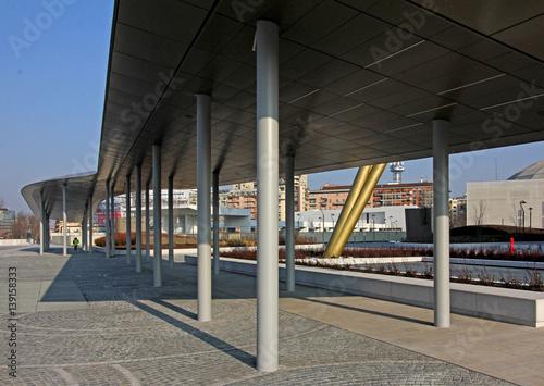 Fotografía  passaggio coperto a Citylife; Milano