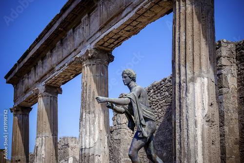 Garden Poster Napels Pompeii. Statue of Apollo