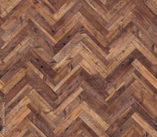 brazowe-drewniane-panele-podlogowe-w-jodelkowym-wzorze