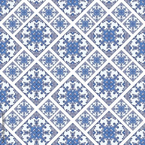 portugalskie-plytki-azulejo-niebieskie-i-biale-wspaniale-wzory-bez-szwu-do-scrapbookingu-tapety-futeraly-na-smartfony-tlo-internetowe