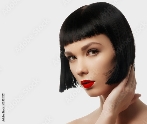 Fotografia Beauty model with perfect glossy brown hair