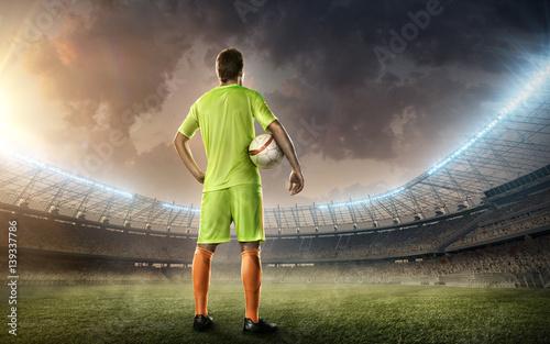 Zdjęcie XXL Stadion piłkarski z piłkarzem