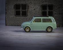 Classical Retro Model Car Earl...