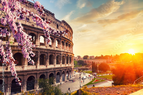Photo Colosseum at spring in Rome, Italy