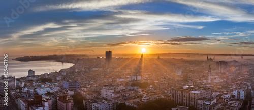 Le soleil se lève sur La Havane Cuba.