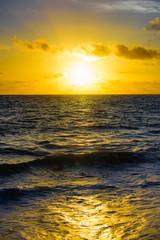 Fototapetadawn sun tranquil calm sea