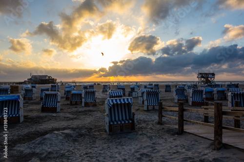 In de dag Inspirerende boodschap Sonnenuntergang am Strand
