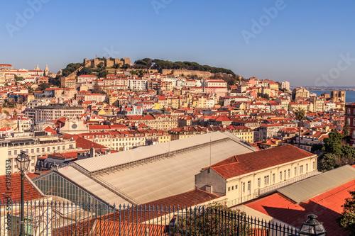Photo  Vista do centro de Lisboa com o castelo em fundo