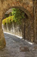 Fototapeta Łuku ściany w toskanii we Włoszech