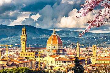 Fototapeta Miasta View on Florence and Duomo cathedral at spring, Italy