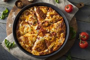 Homemade Cheese Pan Pizza