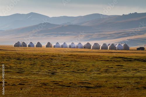 Fotografía Yurt camp in Song Kul Lake, Kyrgyzstan