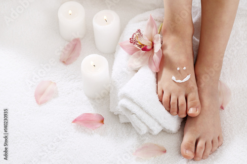 Canvas Prints Pedicure The smile on his leg