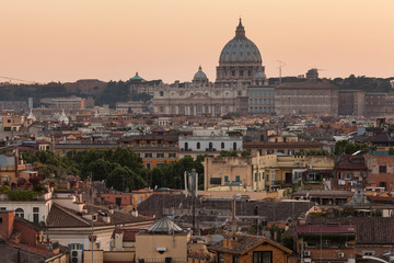 Fototapeta na wymiar Cityscape of Rome and St. Peter's Basilica in the Vatican at Dusk