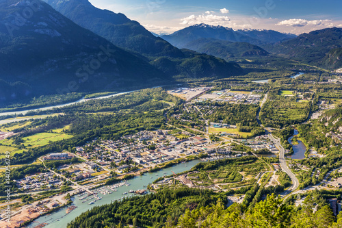 Obraz Scenic overlook of Squamish Town from the summit of the stawamus chief, British Columbia, Canada. - fototapety do salonu