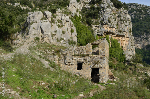 Foto op Aluminium Rudnes Stone Building Ruins Along the Walk of Gods in Italy