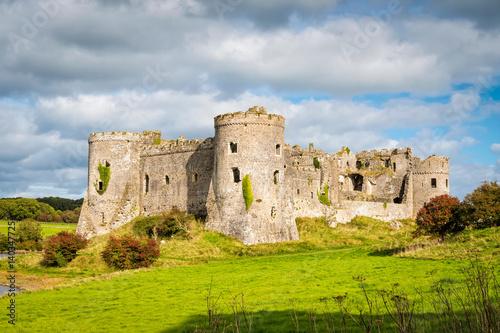 Foto op Plexiglas Kasteel Carew castle in Wales