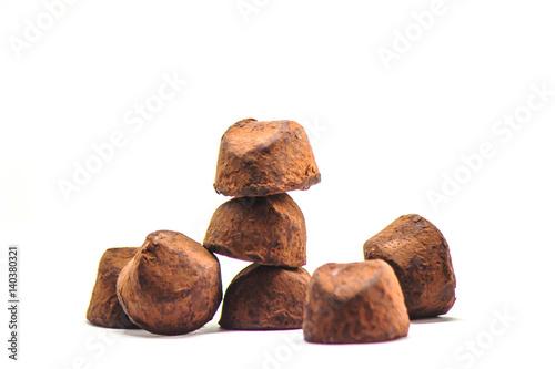 Keuken foto achterwand Snoepjes chocolate truffles on white background. selective focus.