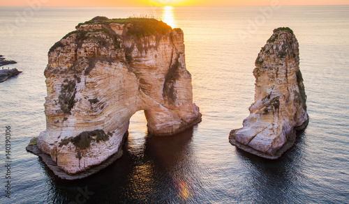 Tela  Beirut Pigeon Rocks. Sea sunset background.
