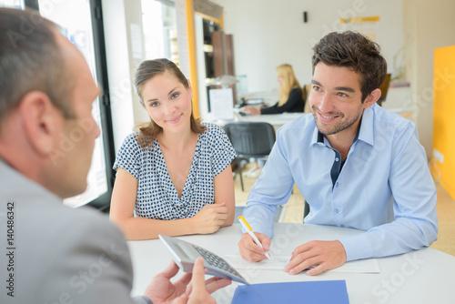 Fototapeta dealing with a loan officer obraz