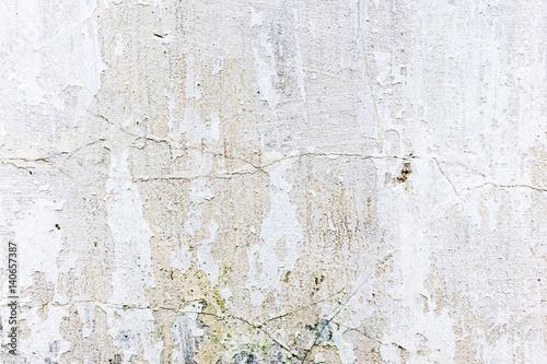 jasny-beton-z-plamami