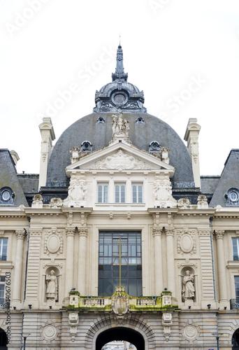 Fotobehang Palais du commerce a Rennes Bretagne