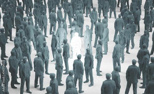 Fototapeta Persona illuminata tra folla grigia, geniale obraz