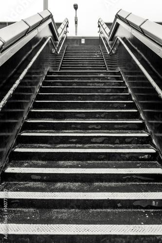 Obraz na płótnie schody na stację