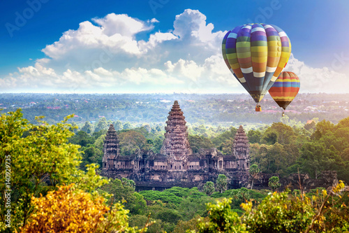Photo Angkor Wat Temple with balloon, Siem reap in Cambodia.