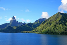 Sailing Into Port On Moorea Is...