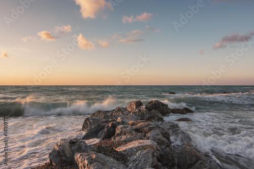 Spoed Foto op Canvas Zee zonsondergang Light at sunset