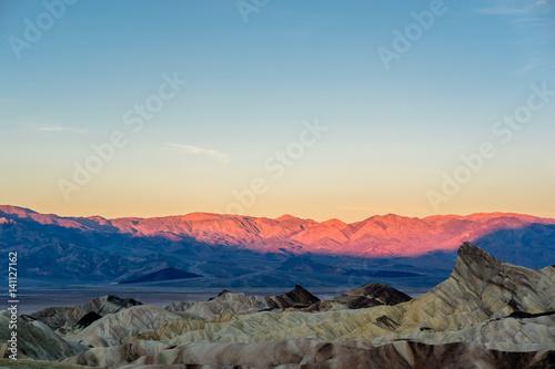 Foto op Plexiglas Arctica Death Valley National Park - Zabriskie Point at sunrise