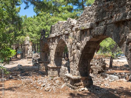 Foto op Aluminium Rudnes Акведук Древнего города Фаселис