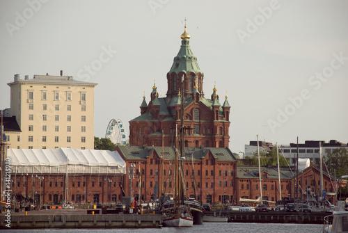 Fototapety, obrazy: Uspensky Kathedrale und Yachthafen von Helsinki, Finnland