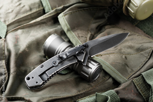Fotografía  stainless steel pocketknife