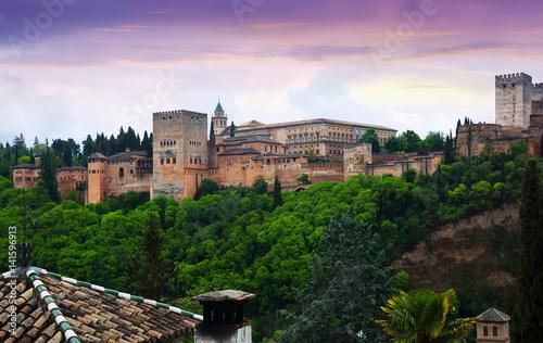 Photo sur Aluminium Monument twilight view of the Nazaries palaces of Alhambra. Granada