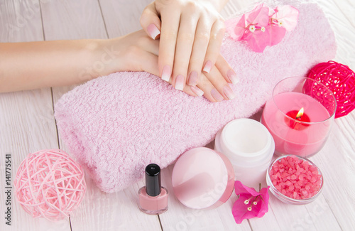 Staande foto Manicure Woman's french ombre manicure
