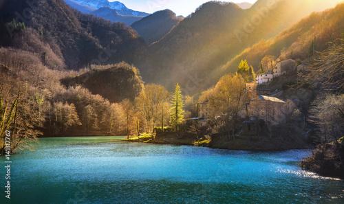 Fotografía  Isola Santa medieval village, church and lake