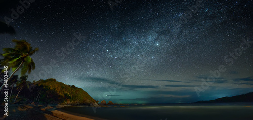 Poster de jardin Nuit Panoramic view of the coast sea against the background of night sky
