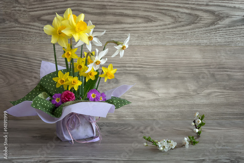 Narcissus bouquet of fresh spring flowers