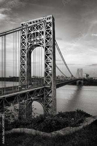 Obraz na płótnie George Washington Bridge and Hudson River at dusk in Black & White. Fort Lee, New Jersey and Upper Manhattan, New York City.